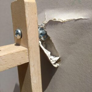 How to re-fix and repair failed plasterboard fixings